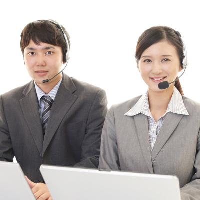 未経験・幅広い年齢層が活躍中!コールセンターにて電話を受けるお仕事
